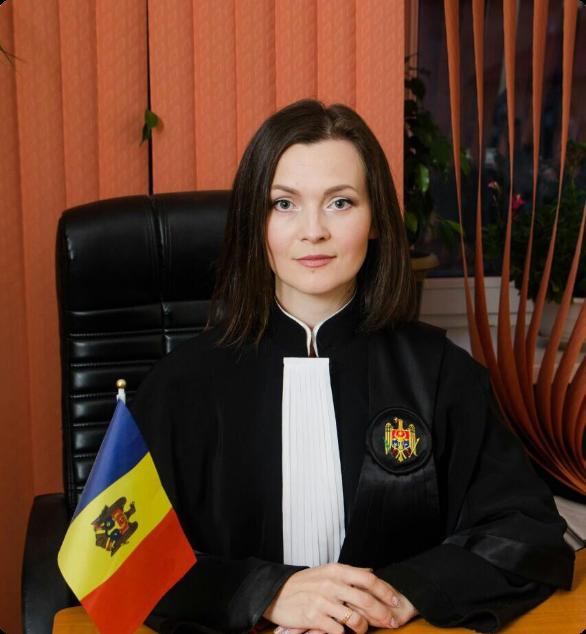 Marina CURTIȘ