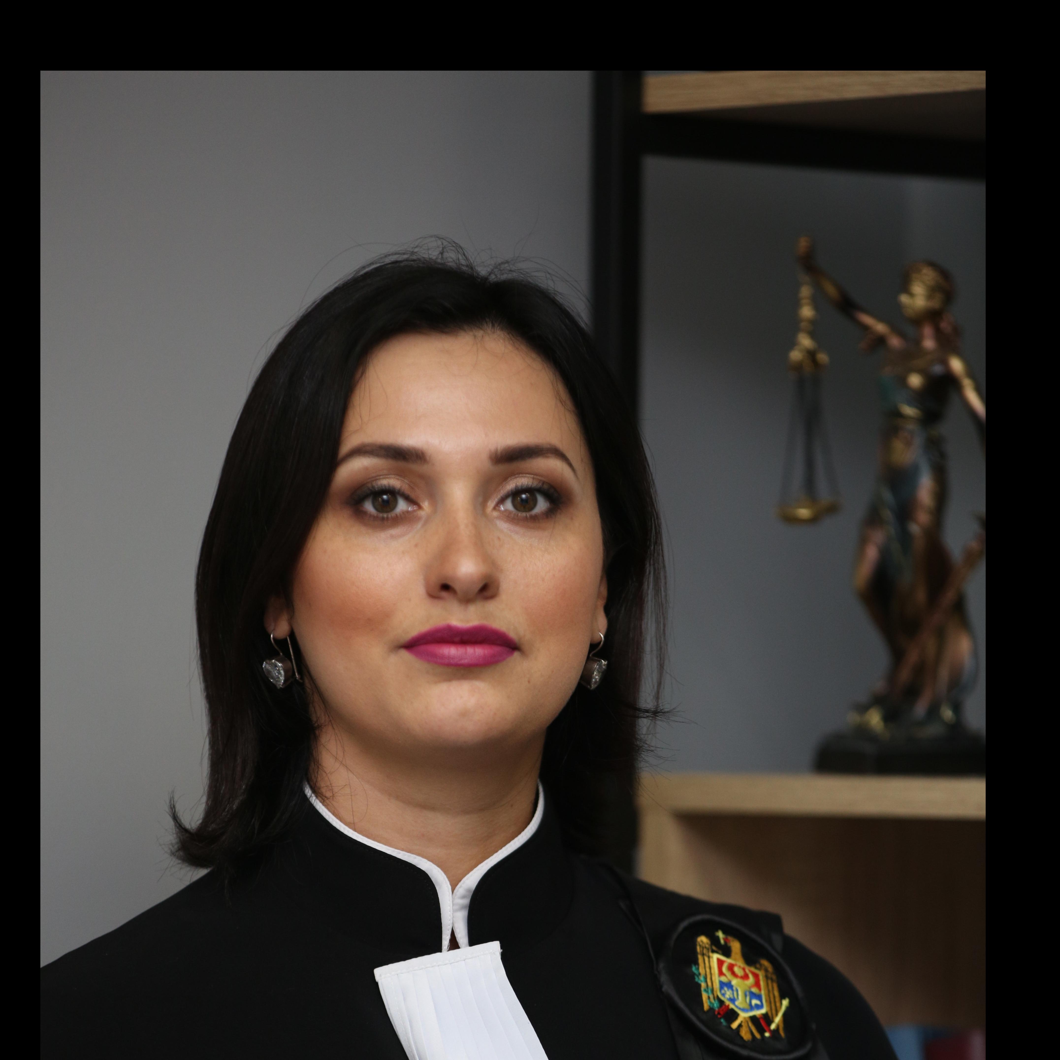 """Interviu cu Președintele Consiliului de Administrare al Asociației """"Vocea Justiției"""", doamna judecător Victoria SANDUȚA"""